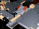 Falcon's broading ramp mechanism